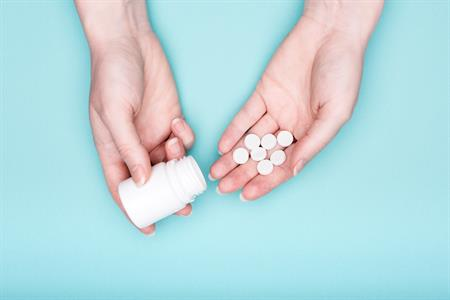 Tips for swallowing bulky pills
